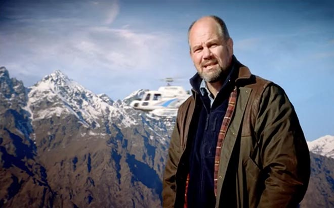 Peter Fitzsimmons in Air New Zealand TV Ad