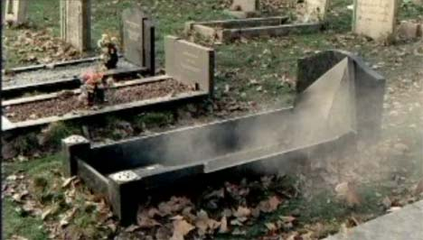 Grave in XBox Champagne TV Ad