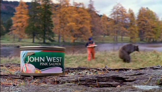 Fisherman fights bear in John West TV Ad