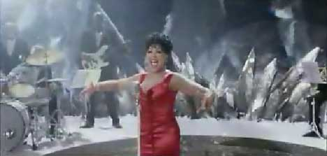 Shirley Bassey sings in Marks & Spencer's TV advert