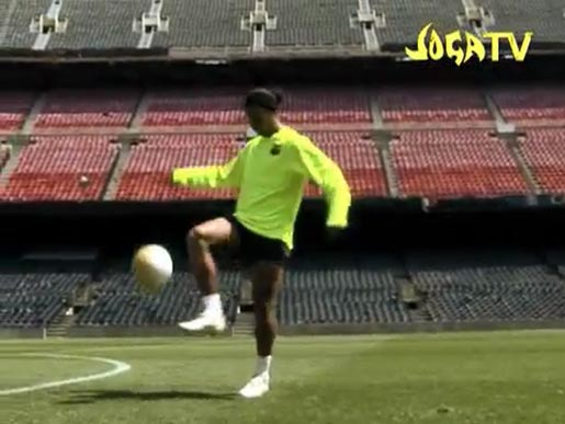 Ronaldinho in the Nike Juggle