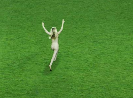 Streaker image from MTV Europe Foundation Site