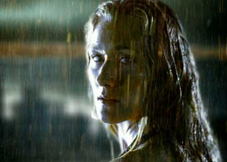 Kerri Walsh in Gatorade Rain TV ad