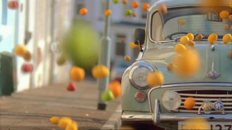 Fruit bounces onto car in Tango TV ad
