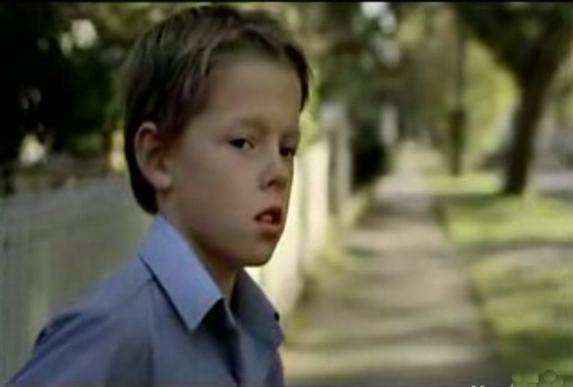 Boy waits for his dad in Worksafe Homecomings ad