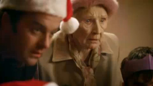 Grandmother watches scanner in Meteor Christmas ad