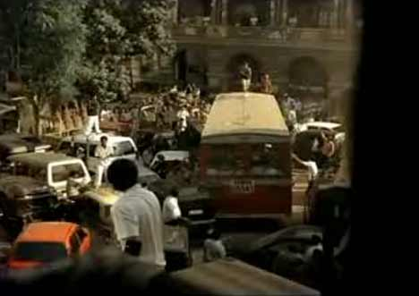 Mumbai street scene from Nike cricket TV ad