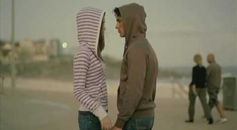 Couple meet in Hoodies TV Ad
