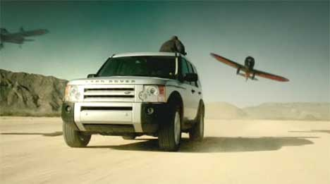 Stunt Airplanes in Landrover Discovery TV ad
