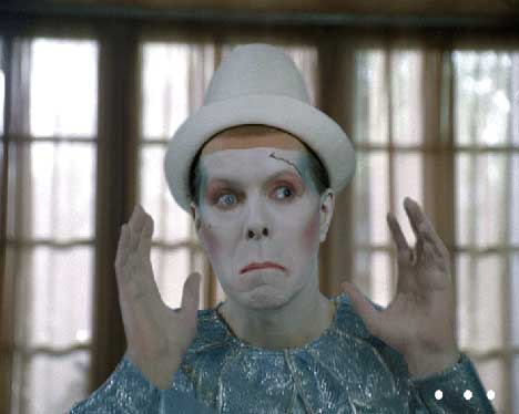 Bowie as clown in Vittel TV ad