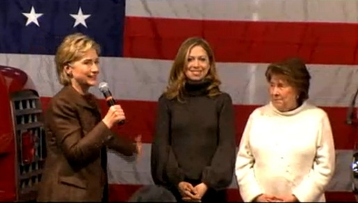 Hillary Clinton with daughter and mother