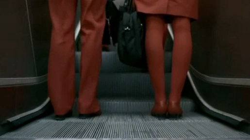 Red legs in Austrian Airlines Symphony commercial