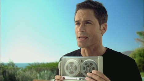 Rob Lowe uses a tape recorder in pitch for All The Presidents Men