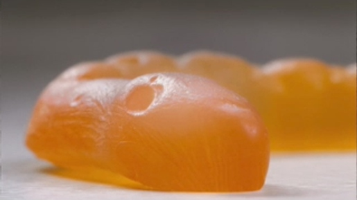 Orange Snake in Natural Confetionery Company TV advert