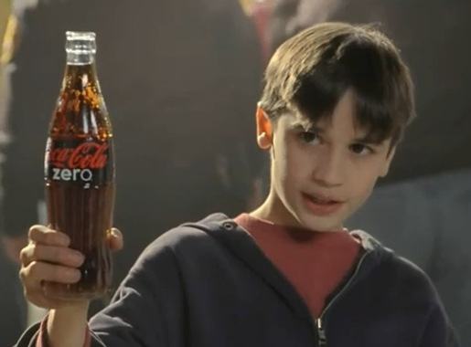 Boy offers Coke Zero to Troy Polamalu in Coke Zero ad