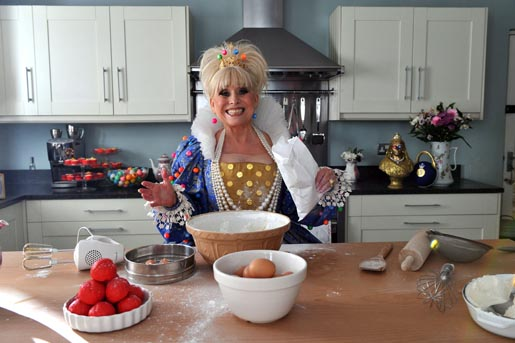 Barbara Windsor mixing cake in Jackpot Joy commercial