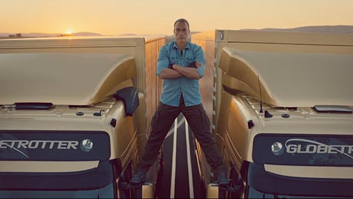 Volvo Trucks Van Damme in Epic Split