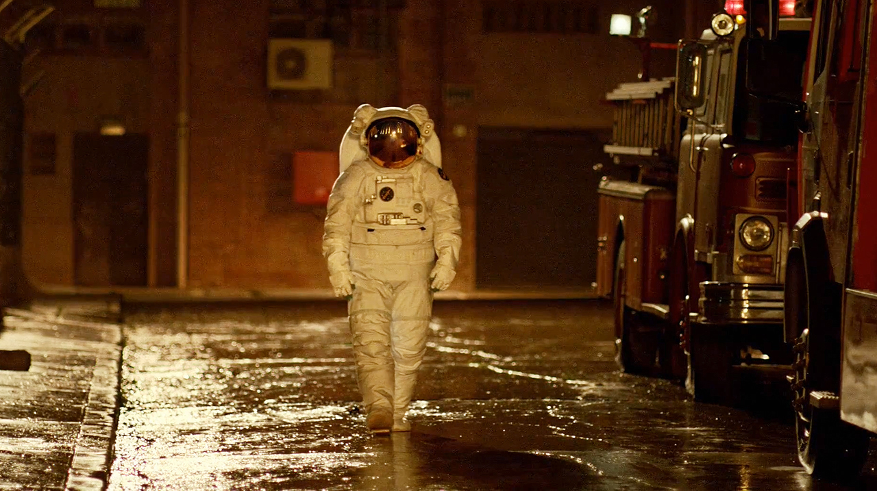 nothing beats an astronaut commercial - photo #4