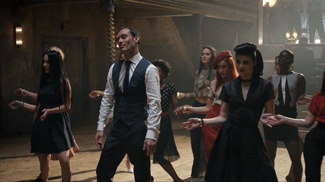 Jude Law dances in Gentleman's Wager commercial