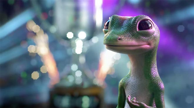 Geico Gecko with Best Insurance Mobile app award