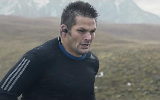 Richie McCaw running in Beats by Dre commercial