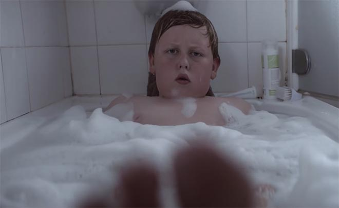 Lotto Love Sport commercial Dylan in bath