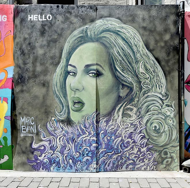 MTV Video Music Awards 2016 mural Adele Hello