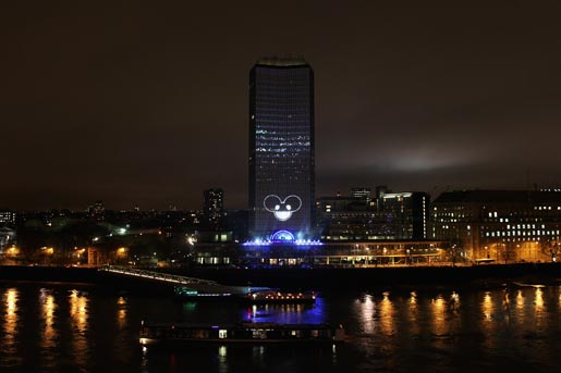 Nokia Lumia Live Light Show on Millbank Tower