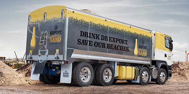 DB Export Beer Bottle Sand Truck