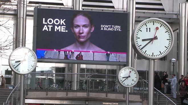 Look at me don't turn a blind eye - Womens Aid billboard