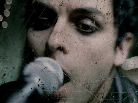 Billie Joe Armstrong in Boulevard of Broken Dreams music video