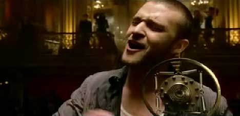 Justin Timberlake sings in What Goes Around music video