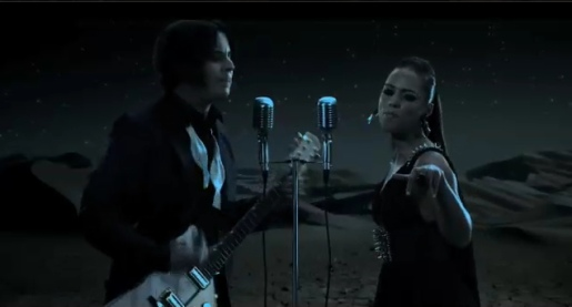 Jack White and Alicia Keys in Another Way to Die music video