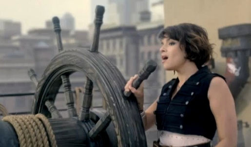 Norah Jones Chasing Pirates