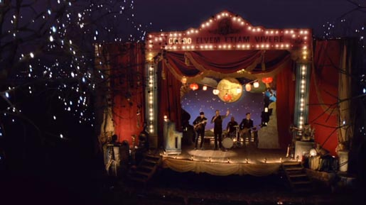 Coldplay Christmas Lights on stage
