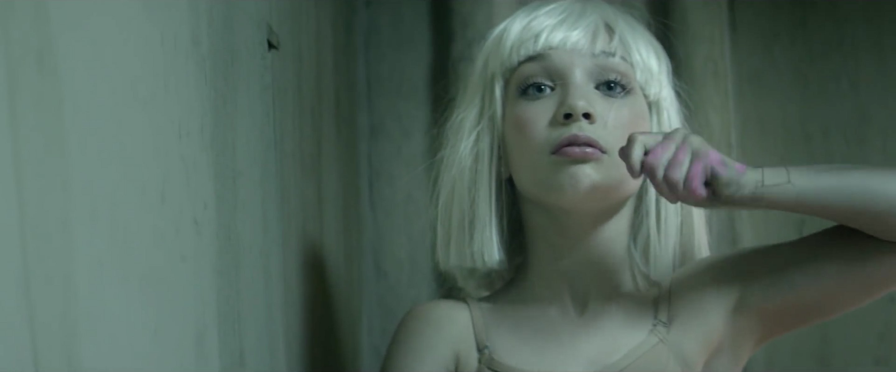 Sia Chandelier music video starring Maddie Ziegler - The ...