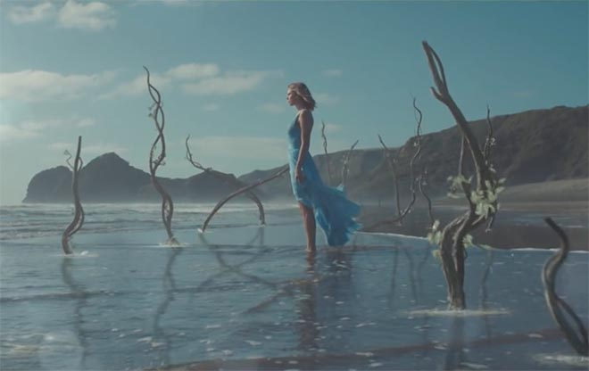 Taylor Swift on beach in Out Of The Woods music video