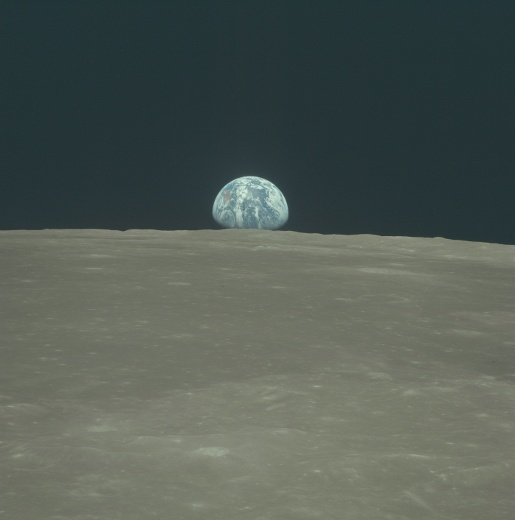 Apollo 11 Earth Rise photograph