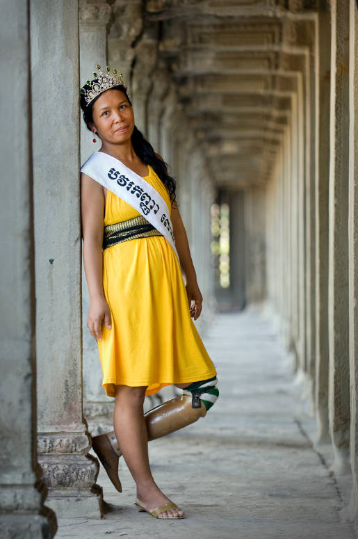 Miss Pursat in Miss Landmine beauty pageant