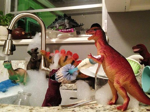 Dinosaur Dish Washing