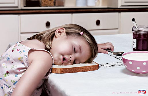 Little girl asleep in Harrys Bread print ad