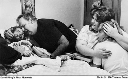 David Kirby dying of AIDS, photographed by Therese Frare