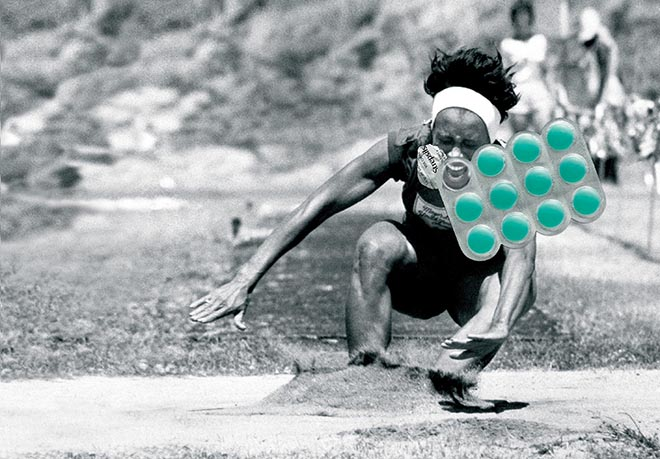 Athlete in Strepsils print advertisement