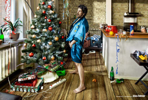 Alka-Seltzer Christmas Lights Hangover is Dangerous print advertisement