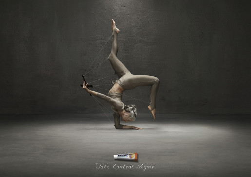 Voltaren Yoga print advertisement
