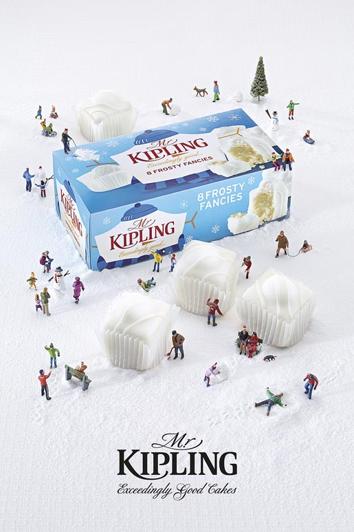 Mr Kipling Miniature Snowball Fight