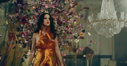 katy-perry-unconditionally-flowers