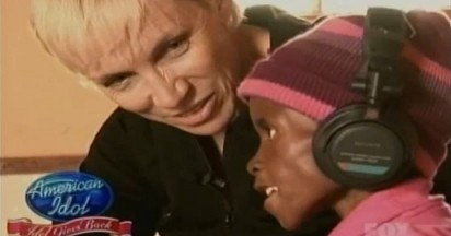 Annie Lennox Sings for Universal Child
