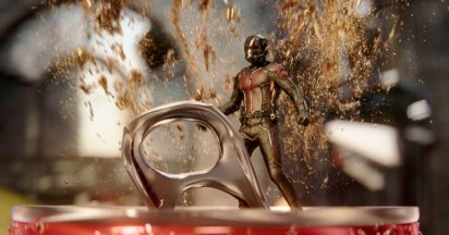 Coca Cola Hulk vs Ant Man