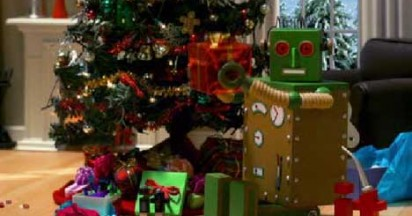 eBay Robot promotes online Christmas shopping